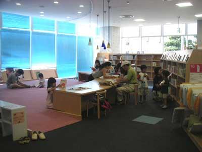 逗子図書館3